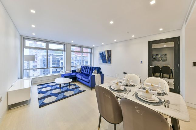 Thumbnail Flat to rent in New Oxford Street, Oxford Street, London