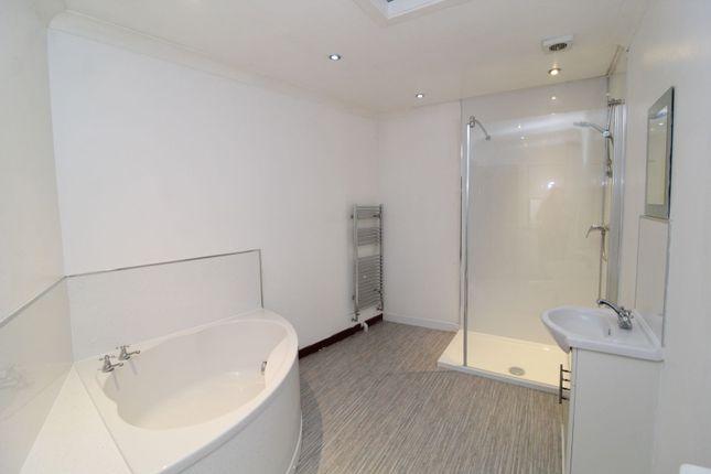 Bathroom of Castle, New Cumnock KA18