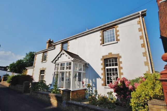Thumbnail Detached house for sale in Harbour Road, Barry