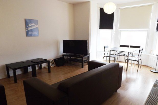 Thumbnail Flat to rent in 95 St. Ronans Road, Southsea