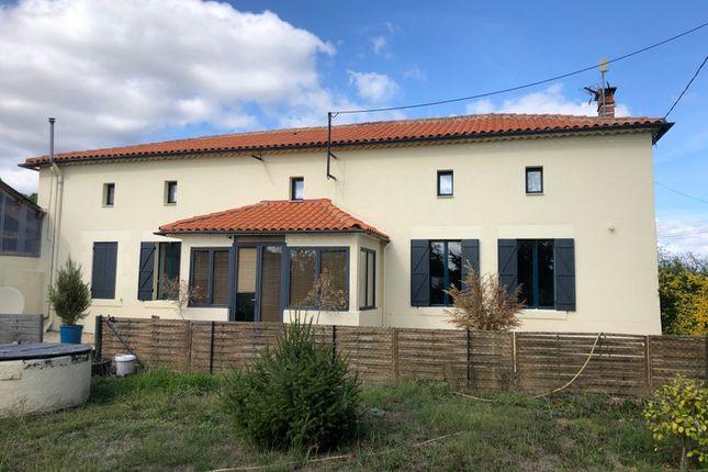 Thumbnail Villa for sale in Boresse Et Martron, Charente-Maritime, Nouvelle-Aquitaine