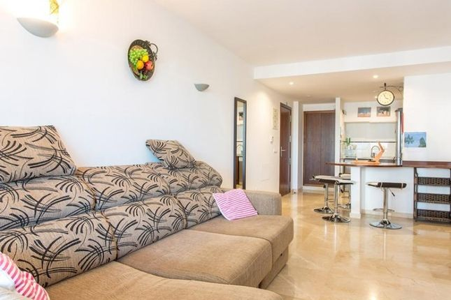 2 bed bungalow for sale in Orihuela Costa, Alicante, Spain