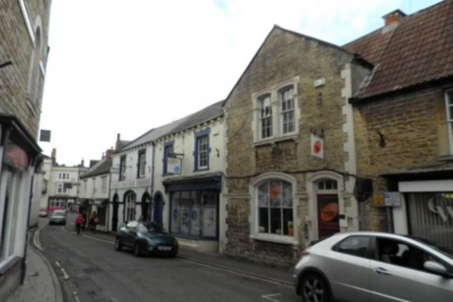 Commercial property to let in King Street, Frome, Somerset