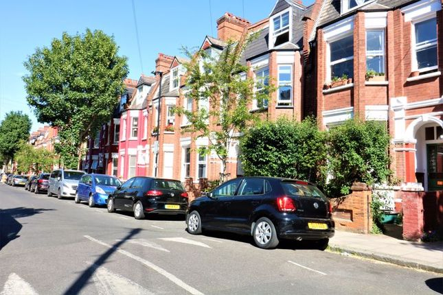 Thumbnail Flat to rent in Birnam Road, London