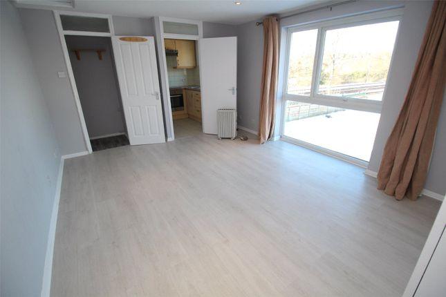 Studio for sale in Shurland Avenue, East Barnet EN4
