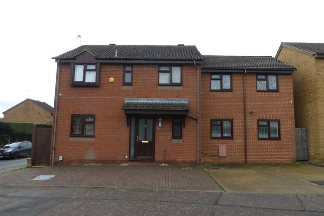 Thumbnail Detached house to rent in Uplands, Stevenage
