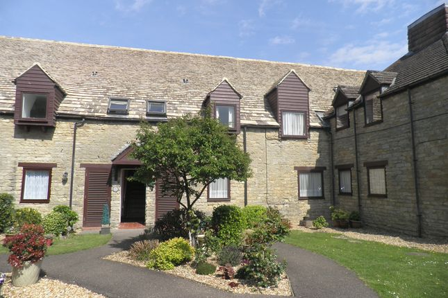 Thumbnail Flat for sale in Riverside Maltings, Oundle, Peterborough