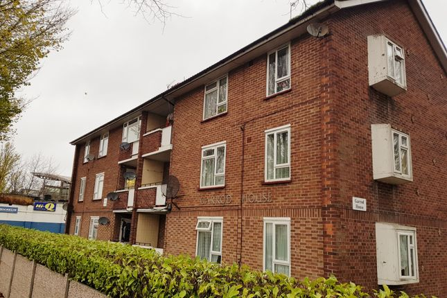 Thumbnail Flat to rent in The Broadway, Southall