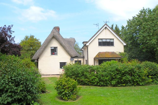 Thumbnail Cottage for sale in Chelmsford Road, Felsted