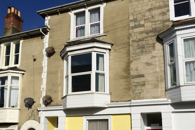 1 bedroom flat to rent in Albert Street, Ventnor