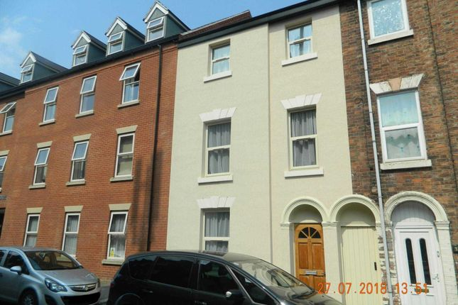 Thumbnail Terraced house for sale in Monson Street, Lincoln