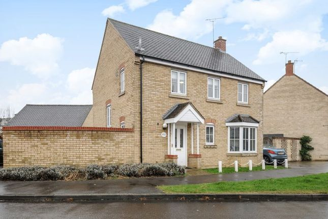 Thumbnail Detached house for sale in Corncrake Way, Bicester