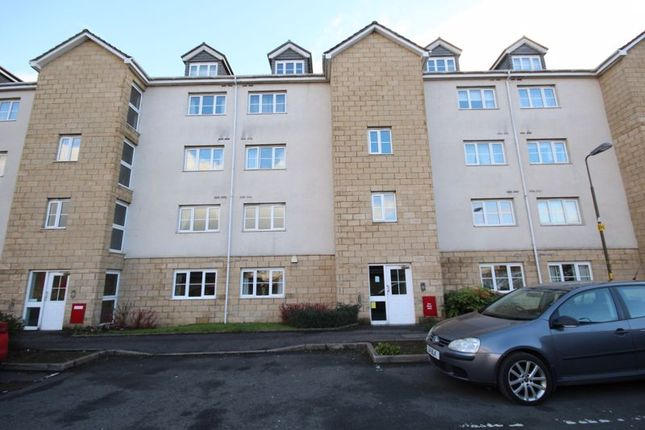 Thumbnail Flat for sale in Queens Crescent, Livingston