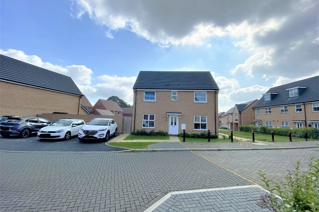 3 bed semi-detached house for sale in Comber Close, Augusta Park, Andover SP11