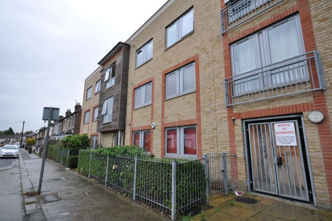 Thumbnail Flat for sale in Victoria Road, Barking Essex