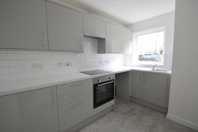 1 bed flat to rent in Beacon Road, Crowborough TN6