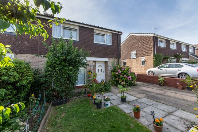 Thumbnail Semi-detached house for sale in Brandles Road, Letchworth Garden City