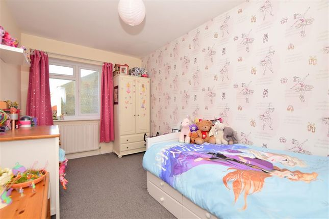 Bedroom 2 of Goddards Close, Cranbrook, Kent TN17