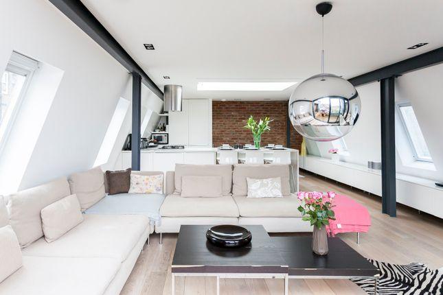 Thumbnail Town house to rent in Rosemont Road, London