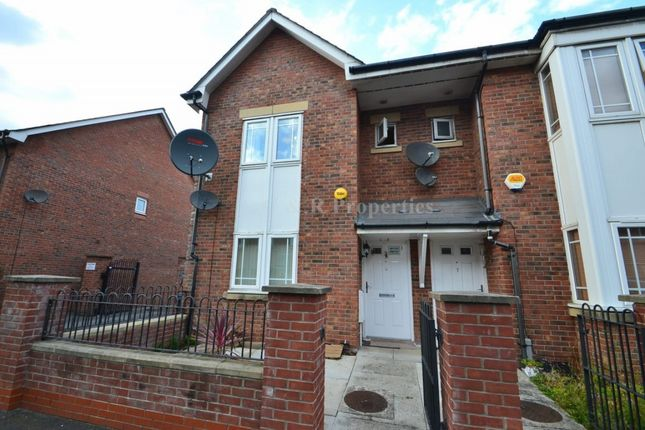 Thumbnail Semi-detached house to rent in Bankwell Street, Manchester