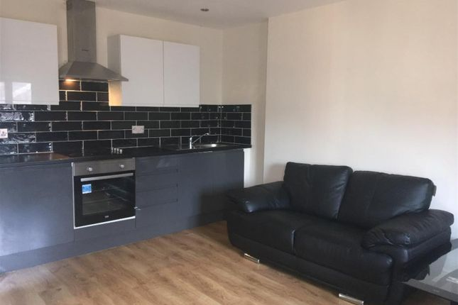 Thumbnail Flat to rent in Dale Street, Liverpool