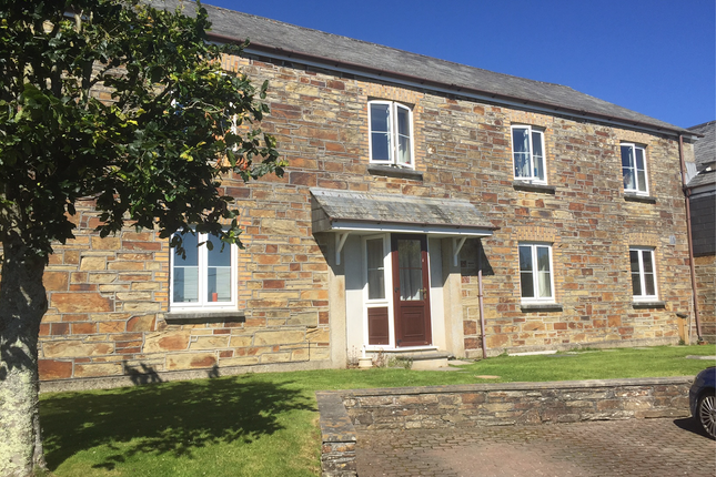 Thumbnail Flat to rent in Castle Hill Court, Bodmin