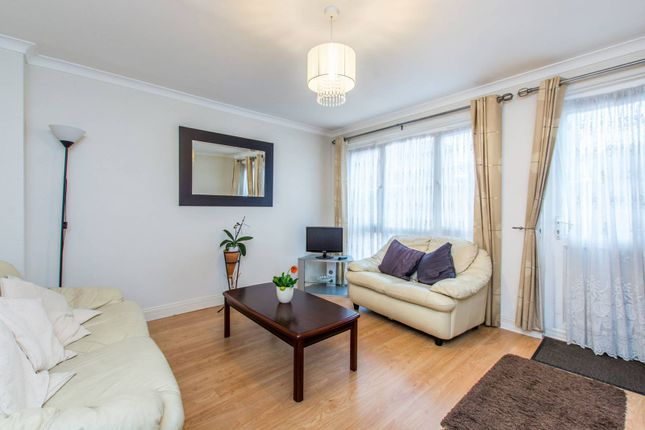 4 bed property for sale in Wrights Green, Clapham