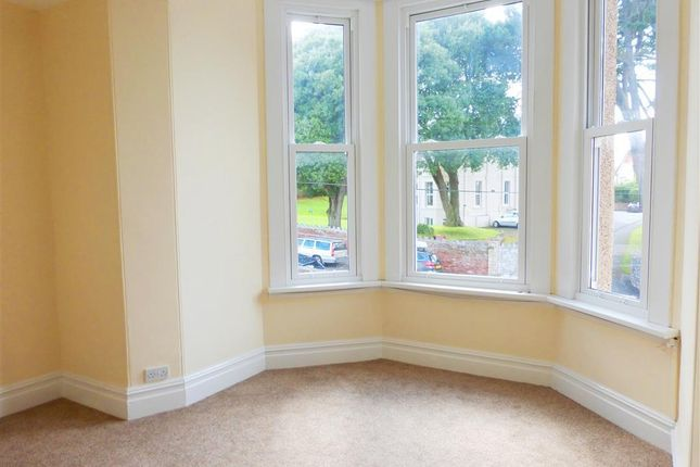 Thumbnail Flat to rent in Cleveland Road, Paignton