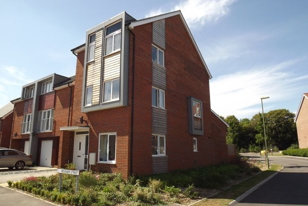 Thumbnail Link-detached house to rent in The Street, Old Basing, Basingstoke