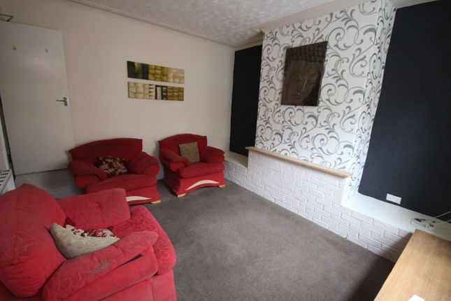Thumbnail Terraced house to rent in Glensdale Terrace, Leeds, West Yorkshire