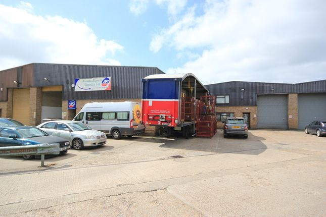 Thumbnail Warehouse to let in Heronden Road, Maidstone