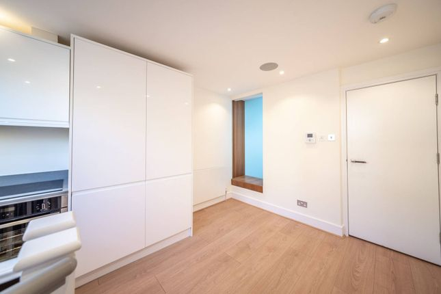 Studio for sale in Ruddall Crescent, Hampstead, London