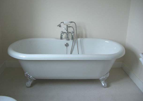 Roll Top Bath of Portland Road, Hythe CT21