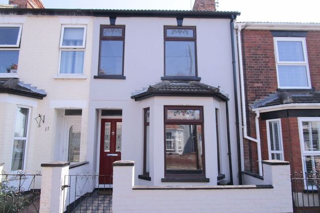 3 bed terraced house to rent in Avenue Road, Gorleston, Great Yarmouth NR31