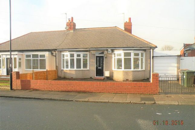 Thumbnail Bungalow to rent in High View North, Wallsend