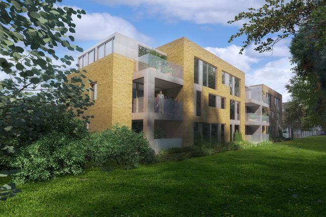 Thumbnail Flat for sale in Woodcote Side, Epsom