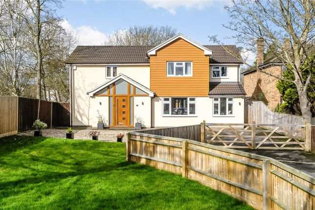 Thumbnail Detached house for sale in Home Close, Kidlington, Oxfordshire