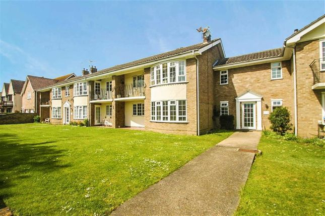 Thumbnail Flat for sale in Holland Road, Holland-On-Sea, Clacton-On-Sea