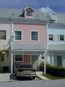 3 bed apartment for sale in Sandyport Drive, Nassau, The Bahamas