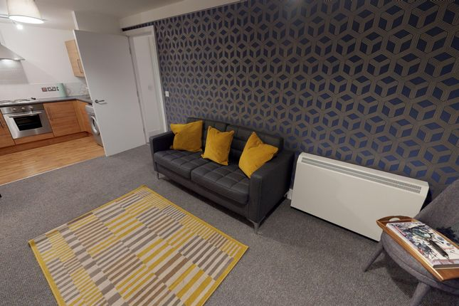 2 bed flat to rent in 9 Lydia Ann Street, Liverpool L1