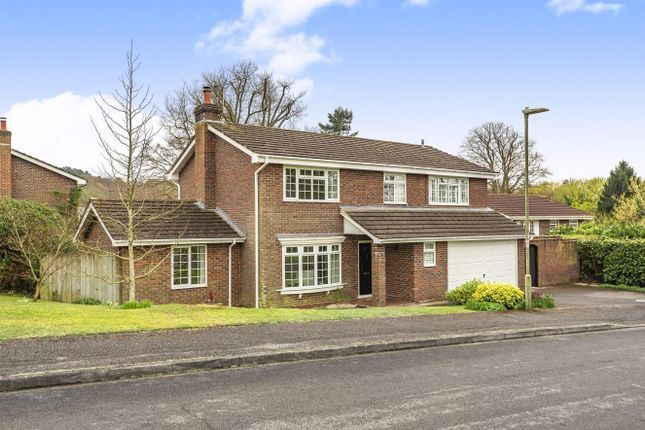 4 bed detached house for sale in The Ridings, Liss GU33