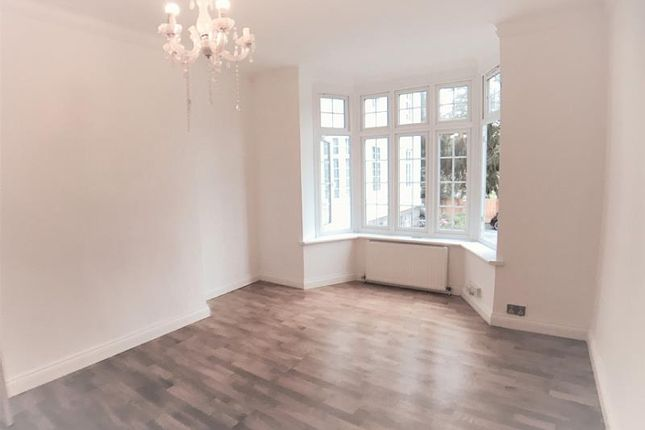 Thumbnail Flat to rent in Greystoke Court, Hanger Lane, London