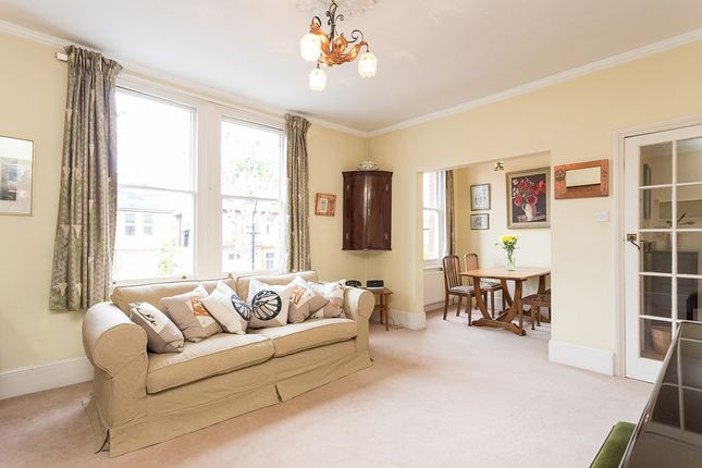 Thumbnail Maisonette for sale in Heathfield Road, London