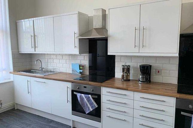Communal Kitchen of Newsham Drive, Liverpool L6