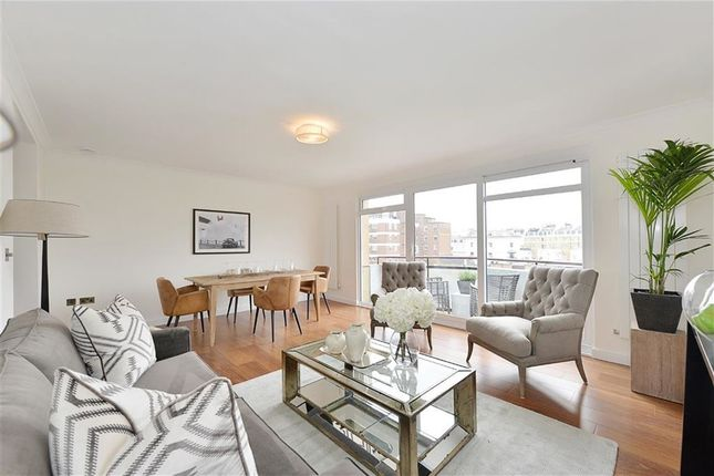 Thumbnail Flat for sale in Clifton Place, Hyde Park, London