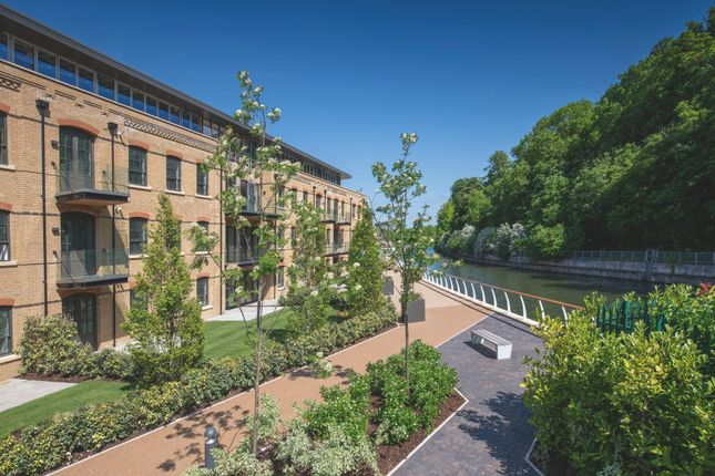 Thumbnail Penthouse for sale in Mill Lane, Taplow, Maidenhead