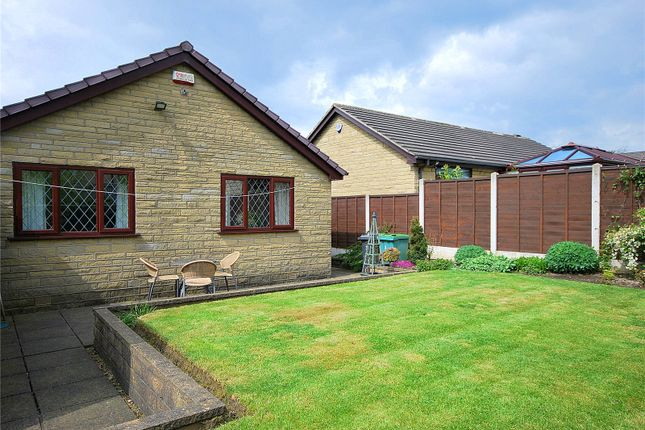 Picture No. 36 of Lady Heton Close, Mirfield, West Yorkshire WF14