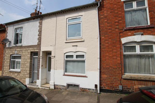 3 bed terraced house to rent in Lower Hester Street, Northampton NN2