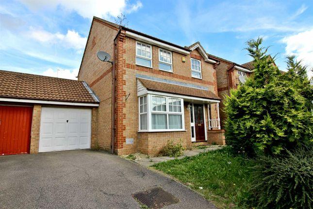 Thumbnail Detached house to rent in Milburn Avenue, Oldbrook, Milton Keynes
