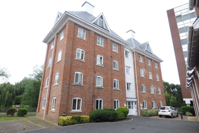 Thumbnail Flat to rent in Parkside Quarter, Colchester